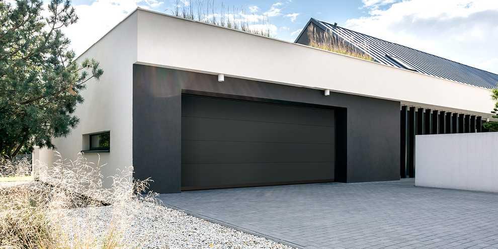 brand new top quality garage door
